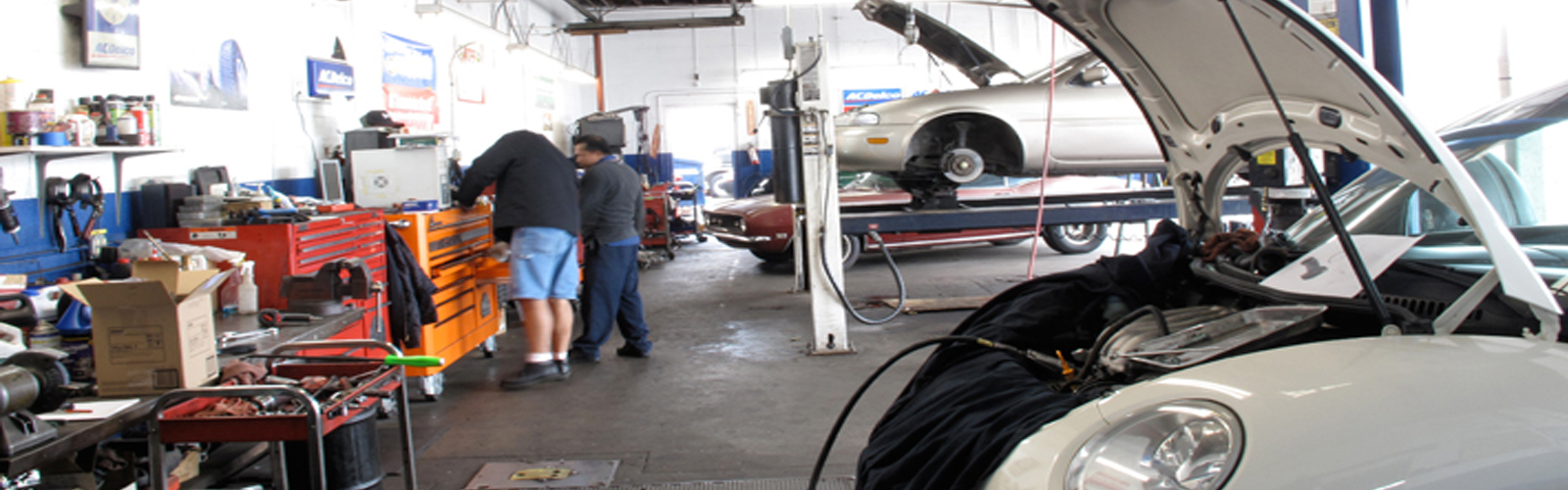 Ed's Automotive Center | Service Bays