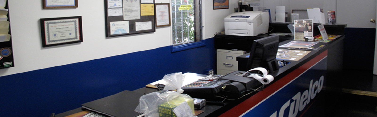 Ed's Automotive Center | Front Desk